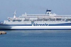 Notte da incubo sulla nave da Cagliari a Napoli: furti e violenze da extracomunitari espulsi