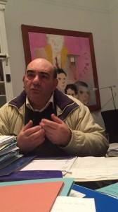 """La storia di Ernesto, morto a 30 anni in un ospedale. La video-denuncia dei familiari: """"Non ha resistito al gelo""""."""