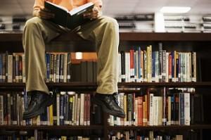 I lettori invisibili, sei italiani su 10 non leggono neanche un libro all'anno